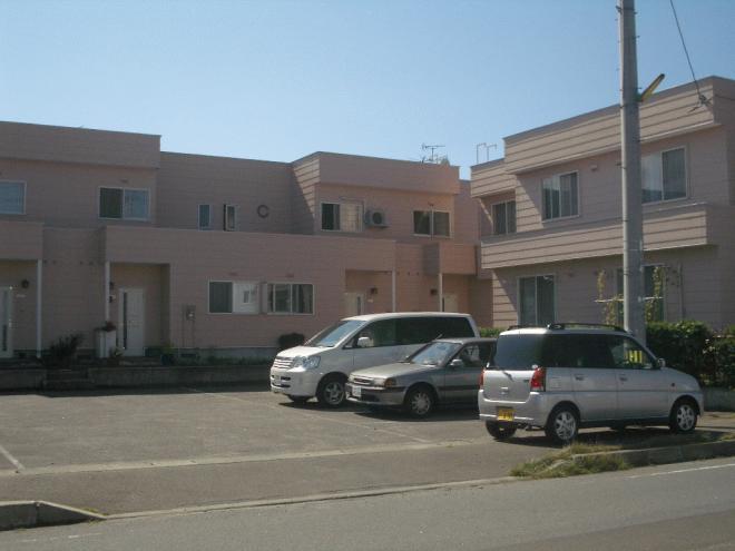 敷地内に3棟建っています。