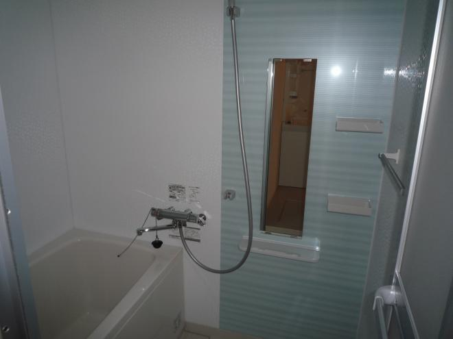 浴室です。追い炊き機能付き!