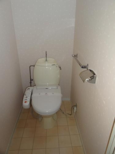 洗浄トイレ(ウォシュレット)付きです!!