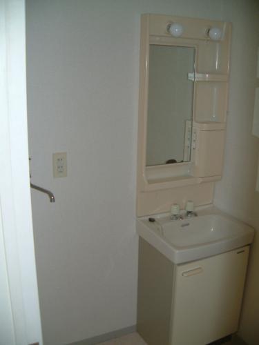 洗面台・隣には洗濯機置き場♪